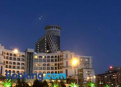 Apart Hotel in Black Sea Tower - Batum - Edificio