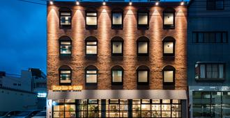 Drop Inn Tottori - Hostel - Tottori - Building