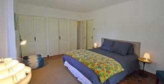 les Rossignols - Gassin - Schlafzimmer
