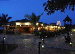 Chouki Dhani Resort - Rajkot - Building