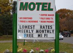 Shamrock Motel - Midland
