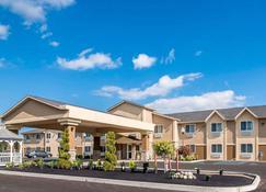 Comfort Inn Saugerties - Saugerties - Building