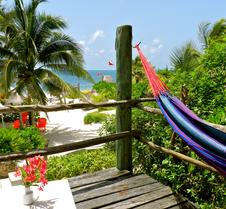 Acamaya Reef Cabanas - Caravan Park
