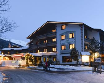 Hunguest Hotel Heiligenblut - Heiligenblut - Building
