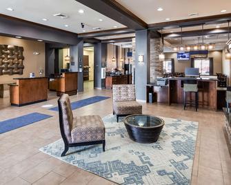 Best Western Plus Williston Hotel & Suites - Williston - Lobby