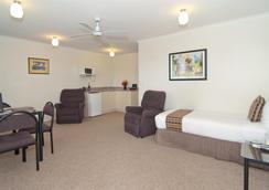 Best Western BK's Pioneer Motor Lodge - Auckland - Bedroom