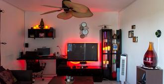 Modern Bilton Apartment - Montego Bay - Living room