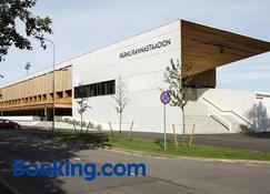 Pärnu Rannastaadioni Hostel - Pärnu - Building