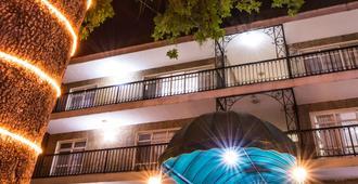 Del Marqués Hotel and Suites - Guadalajara - Bygning