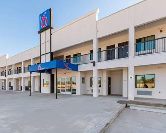Motel 6 Channelview, TX - Channelview - Building