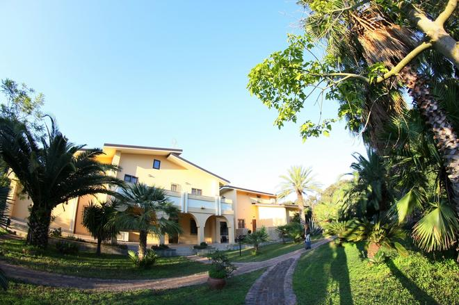 San Michele Apartments - Catanzaro - Building