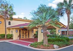 La Quinta Inn by Wyndham Tallahassee North - Tallahassee - Outdoors view