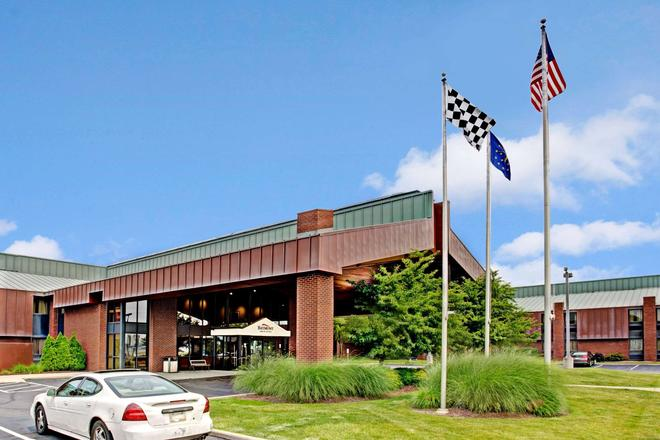 Baymont by Wyndham Indianapolis West - Indianapolis - Building