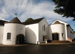 Dunadry Hotel And Gardens - Antrim - Building