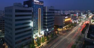 Sr Hotel Seoul Magok - Seúl - Edificio