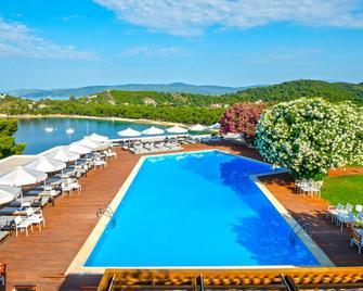 Skiathos Palace Hotel - Koukounaries - Pool