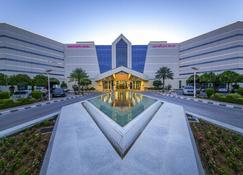 Mercure Grand Jebel Hafeet Al Ain Hotel - Al Ain - Building