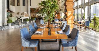 Canal Central Hotel - דובאי - מסעדה