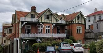 Stafford Gables Hostel - Dunedin - Κτίριο