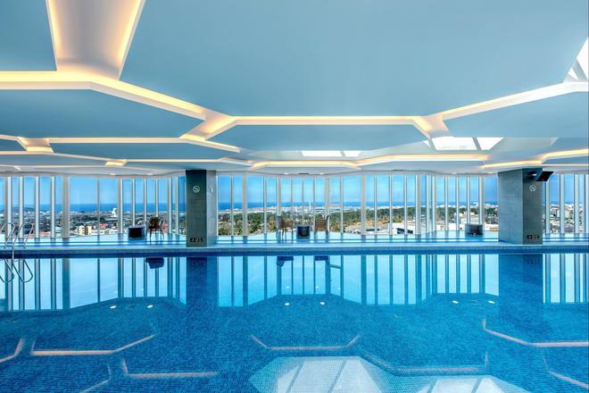 Hotel Sirius - Jeju - Piscina