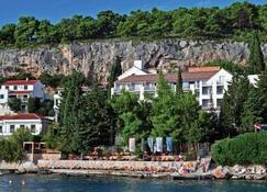 Hotel Podstine - Hvar - Outdoors view