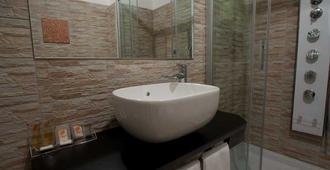 Hotel Fiera Wellness & Spa - Bolonya - Banyo
