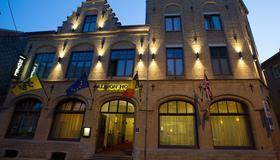 Albion Hotel - Ypern - Gebäude