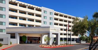 Four Points by Sheraton Phoenix South Mountain - Phoenix - Building