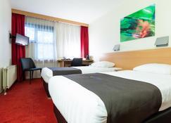 Bastion Hotel Leiden Voorschoten - Leiden - Schlafzimmer