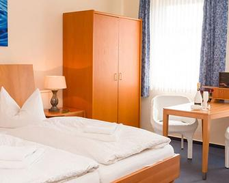 Hotel Restaurant Am Bodden - Putbus - Bedroom
