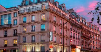 Contact Hotel Alize Montmartre - Paris - Building