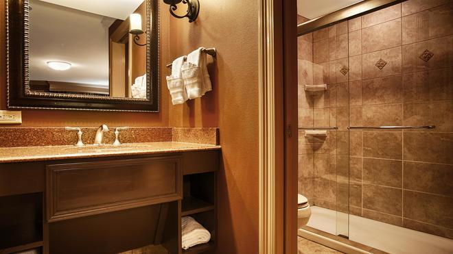 Best Western Plus French Quarter Courtyard Hotel - New Orleans - Kylpyhuone
