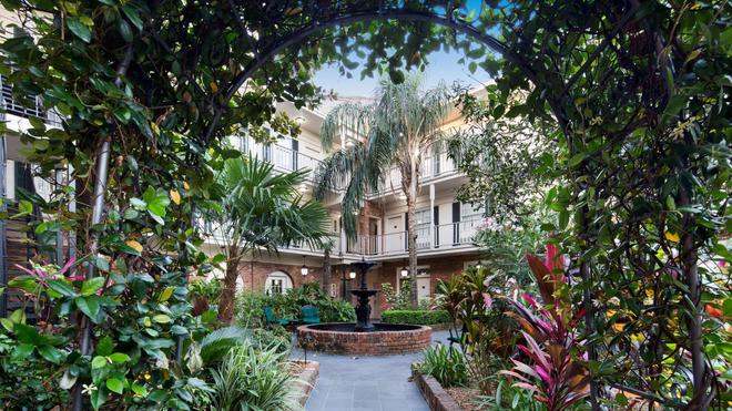 Best Western Plus French Quarter Courtyard Hotel - New Orleans - Rakennus