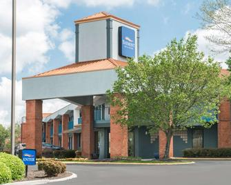 Baymont by Wyndham Franklin/Cool Springs - Franklin - Building