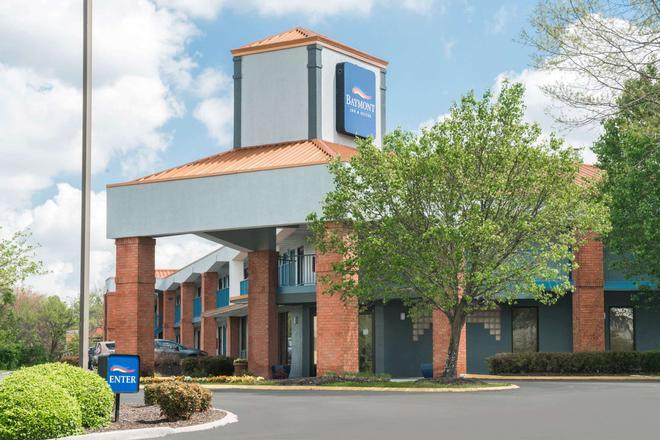 Baymont by Wyndham Franklin/Cool Springs - Franklin - Building