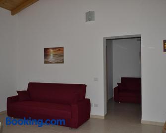 Casa Vacanze Valdamone - Suvereto - Huiskamer