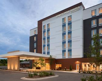 SpringHill Suites by Marriott Milwaukee West/Wauwatosa - Wauwatosa - Building