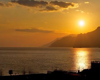 Novotel Salerno Est Arechi - Salerno - Außenansicht