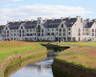 Carnoustie Golf Hotel - Carnoustie - Gebouw