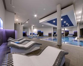 Radisson Blu Resort & Spa, Gran Canaria, Mogan - Puerto de Mogan - Zwembad