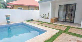 Bohol Sojourn - Panglao - Pool