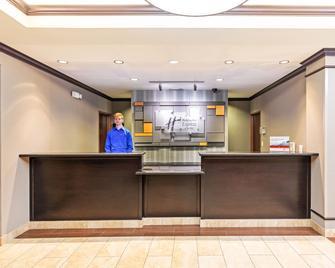Holiday Inn Express & Suites Floresville - Floresville - Receptie