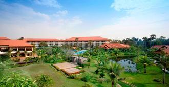 Palace Residence & Villa Siem Reap - Siĕm Réab - Rakennus
