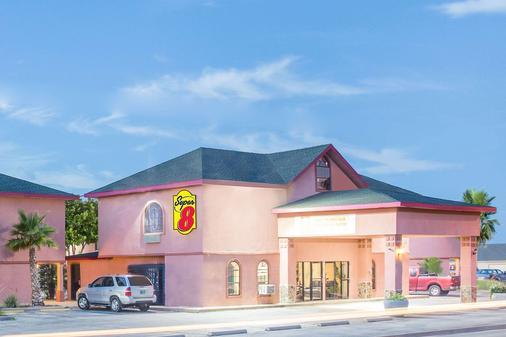 Super 8 by Wyndham San Angelo - San Angelo - Toà nhà