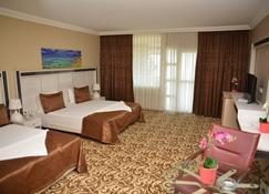 Atamer Hotel - Gemlik - Bedroom