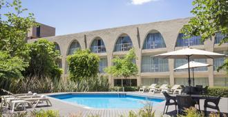 費斯塔客棧酒店 - 墨西哥城 - 墨西哥城 - 游泳池