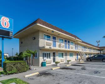 모텔 6 온타리오 에어포트 - 온타리오 - 건물