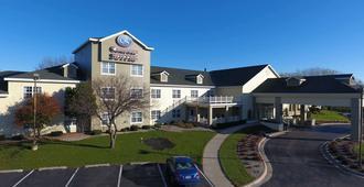 阿普尓頓機場凱富套房酒店 - 愛波頓 - 阿普爾頓(威斯康星州)