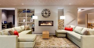Country Inn & Suites by Radisson, Merrilville, IN - Merrillville - Living room