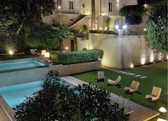Hotel Villa del Lauro - Ragusa - Zwembad